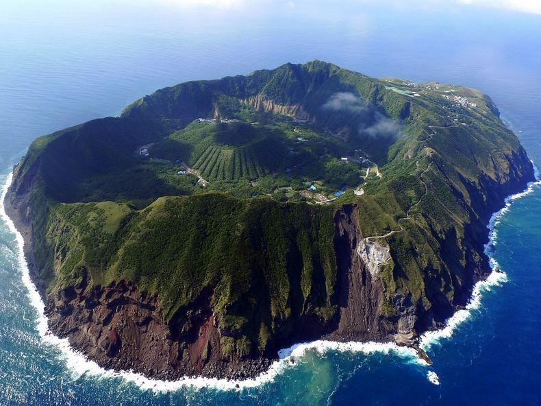 Volcanic Iancorless Com Photography Writing Talk