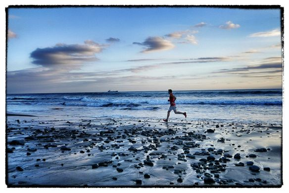 Philipp Reiter stretching his legs on an evening run in Gran Canaria copyright Ian Corless