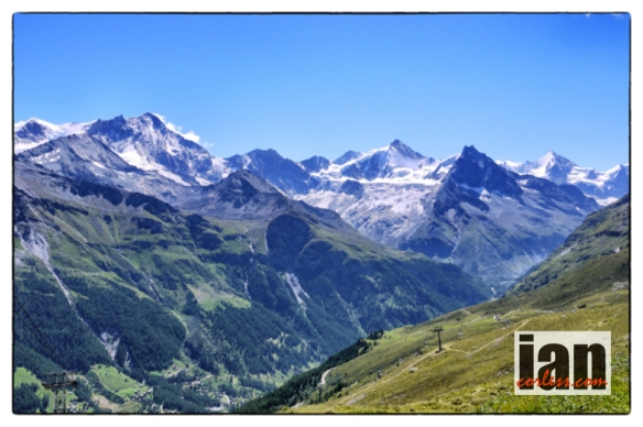 ©copyright .iancorless.com.iancorless.orgP1040536sirrezinal