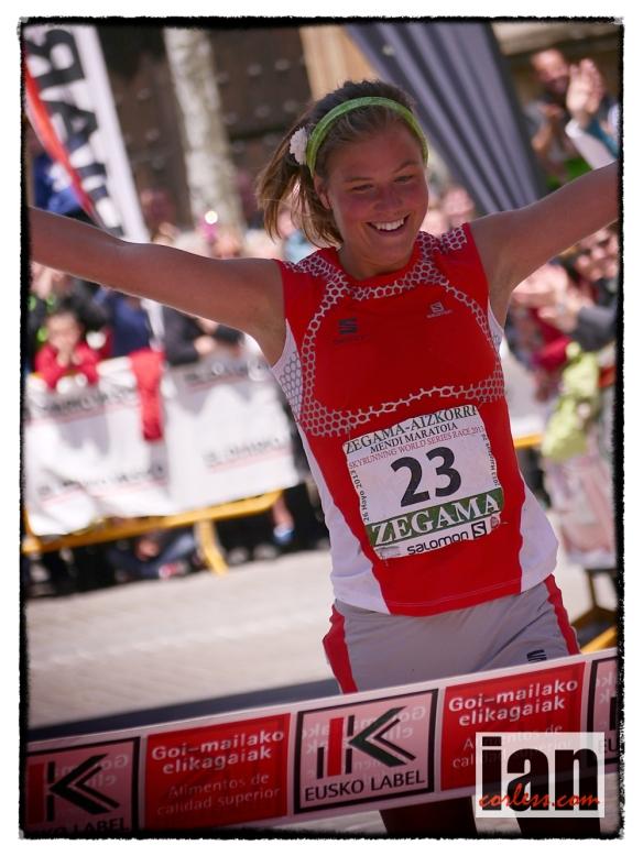 Emelie Forsberg Zegama 2013 ©iancorless.com