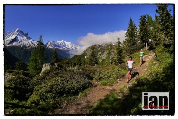 ©copyright .iancorless.com.Skyrunning