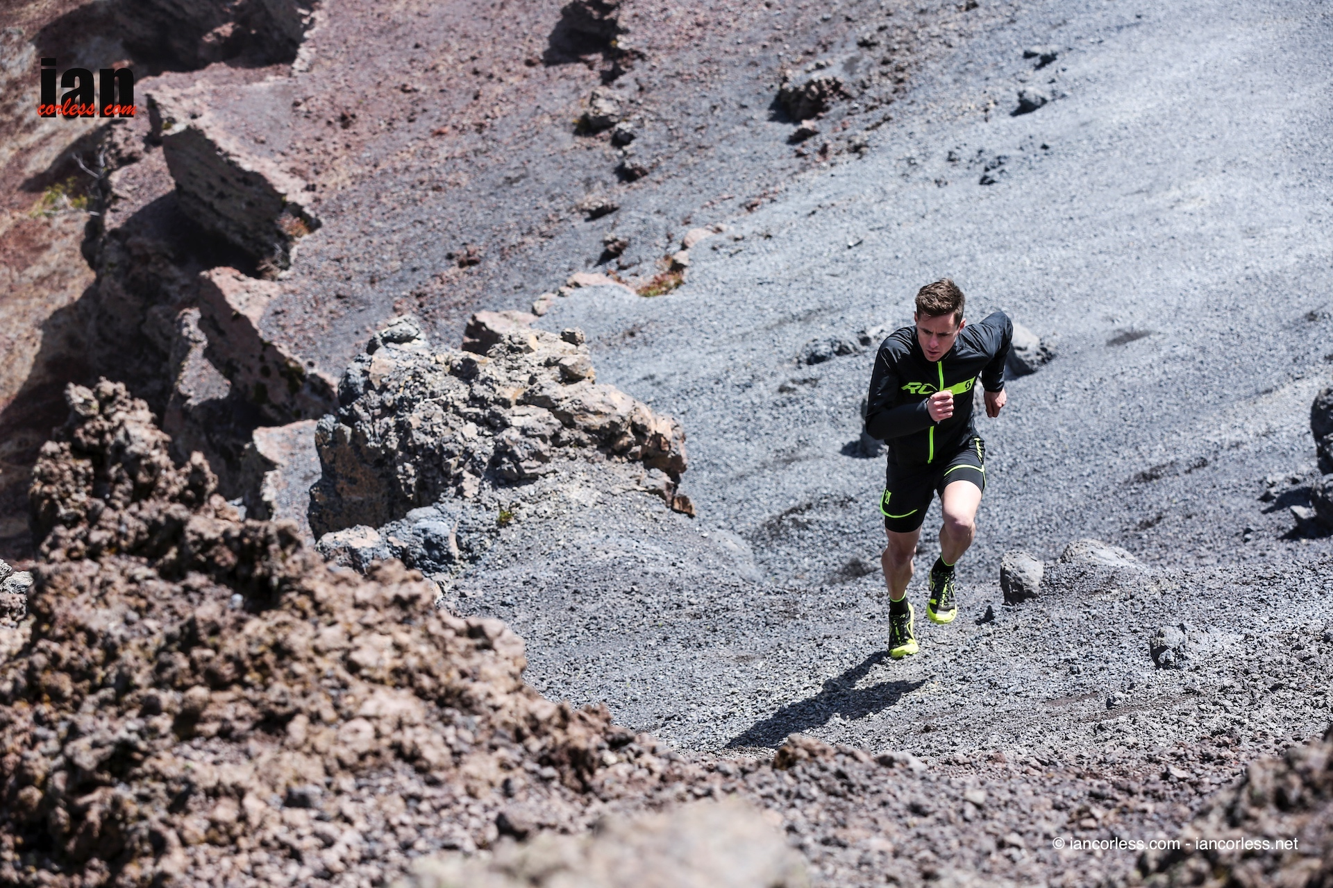 scott_running_rc_shoot_lapalma_iancorless013