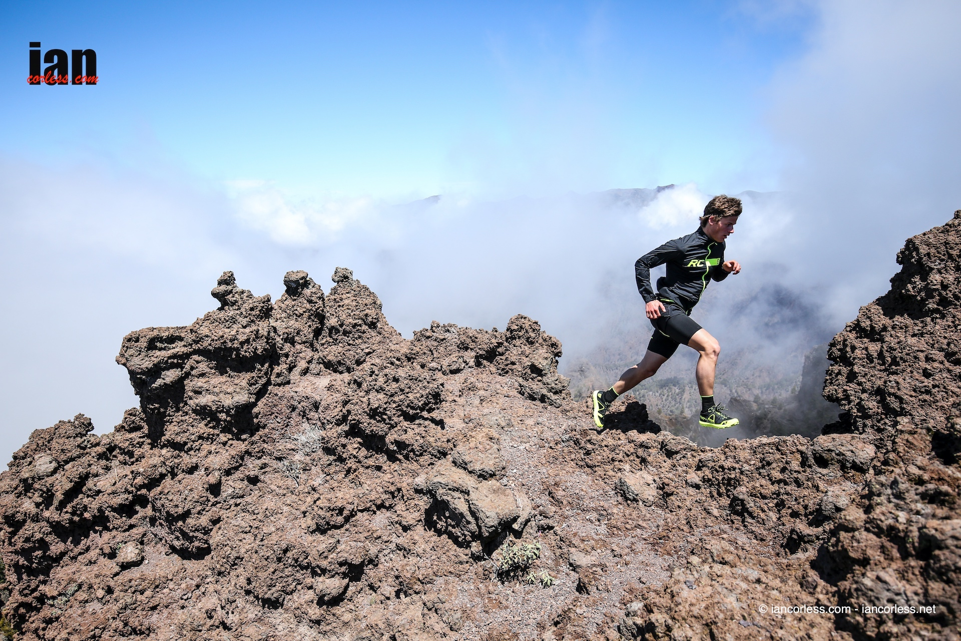 scott_running_rc_shoot_lapalma_iancorless282