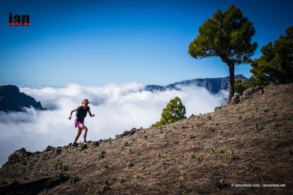 Niandi running above the clouds in what feels like our second home, La Palma.